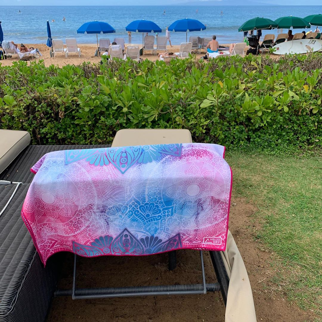 wholesale low price discount beach pool towels on sale 2019