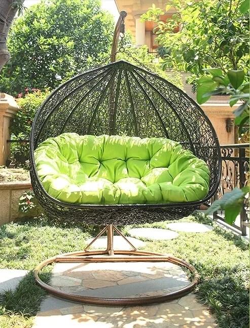 fauteuil suspendu d exterieur et de jardin en osier et plastique livraison gratuite buy chaise d oscillation accrochante de rotin de patio chaise