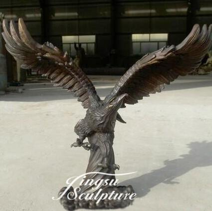 Outdoor Decoration Bronze Bald Eagle Statue