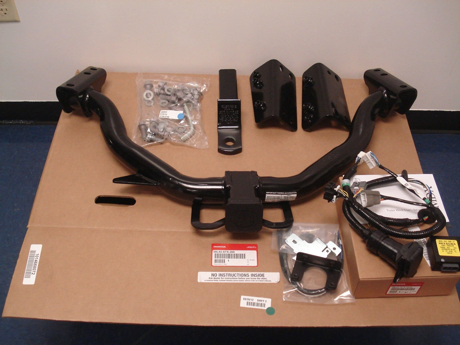 hight resolution of get quotations acura oem factory trailer hitch and harness 2010 2013 mdx