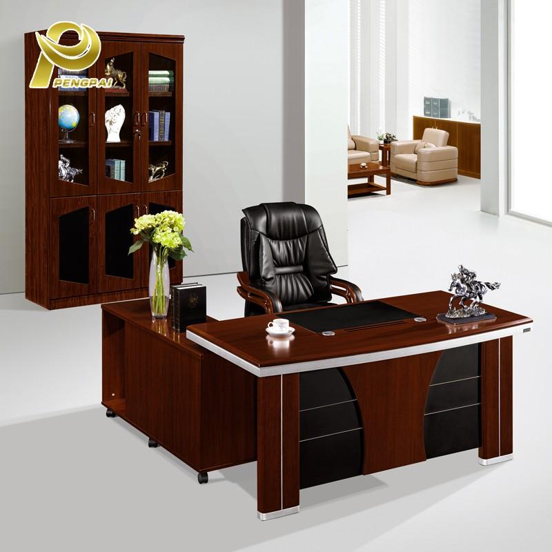 Oficina del Hotel Casa Ecolgica ltima mesa jefe de