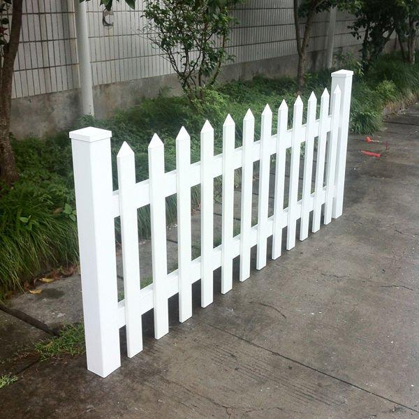 bianco doghe in pvc per recinzioniRecinzione grata e