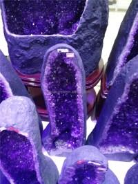 Wholesale Very Purple Natural Amethyst Geode Gemstone ...