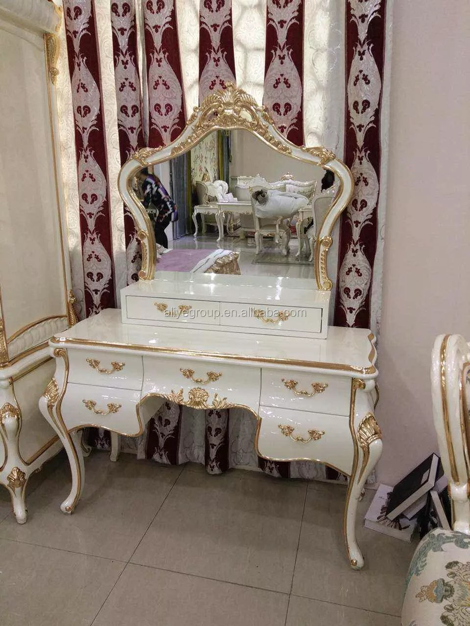 Luxury White And Gold Dresser Table And Mirror For Bedroom Furniture View Dresser Table Aliye Product Details From Guangdong Luxury Homey Furniture And Interior Decoration Co Ltd On Alibaba Com