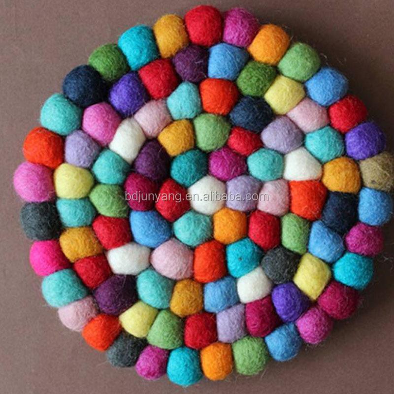 tapis boule de laine a faire soi meme 1 piece boule en feutre du nepal pour bricolage buy tapis en feutre nepal coussin en laine boules en feutre