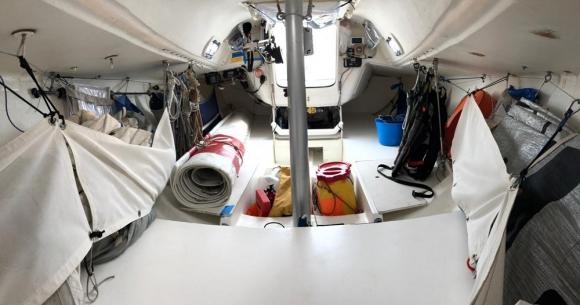 El interior del barco de Federico Waksman