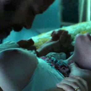 Amanda Seyfried Nude Photos and Leaked PORN video 27