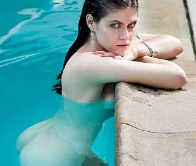 Alexandra Daddario Posing In Sexy Bikini
