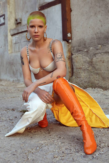 Halsey Nude LEAKED Pics, Porn Video & Sexy Photos 36