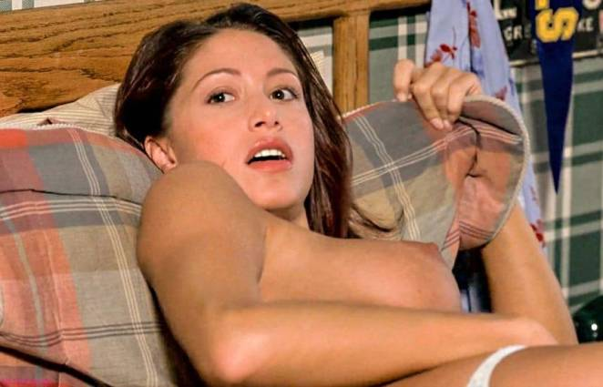 Shannon Elizabeth Nude Pics & Topless Sex Scenes Compilation 21