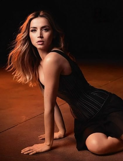 Ana de Armas Nude & LEAKED Porn And Topless Sex Scenes 26