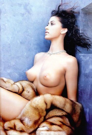 Shannon Elizabeth Nude Pics & Topless Sex Scenes Compilation 30