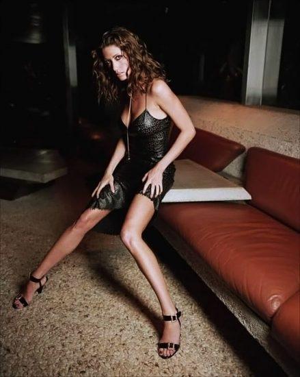 Shannon Elizabeth Nude Pics & Topless Sex Scenes Compilation 37
