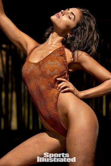 Olivia Culpo Nude & Topless ULTIMATE Collection 65
