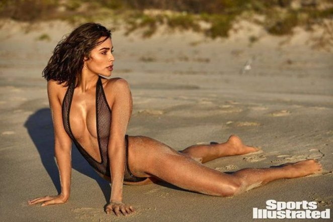 Olivia Culpo Nude & Topless ULTIMATE Collection 79