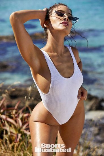 Olivia Culpo Nude & Topless ULTIMATE Collection 77