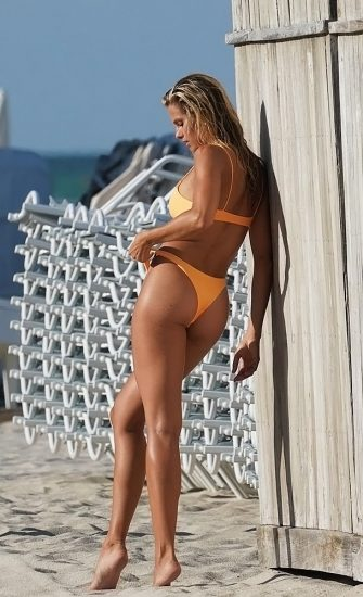 Natalie Roser Nude And Topless Pics & LEAKED Porn Video 96
