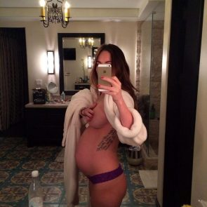 pregnant Megan Fox naked mirror selfie