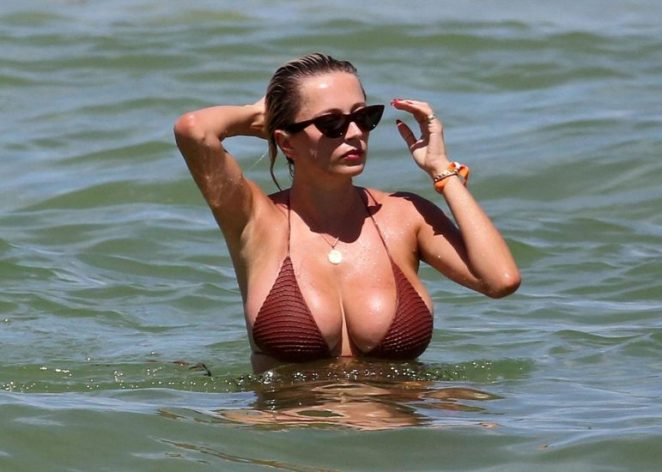 Caroline Vreeland Nude Pics and LEAKED Drunk Porn in 2020 120