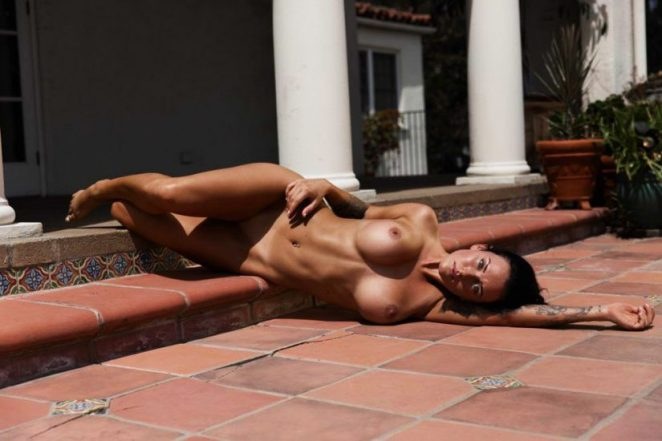 Kayla Lauren laying naked