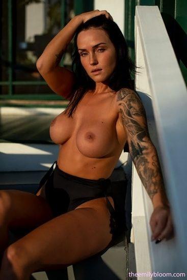 Kayla Lauren Nude LEAKED Pics & Topless Snapchat Porn 5