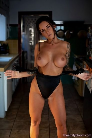 Kayla Lauren Nude LEAKED Pics & Topless Snapchat Porn 2