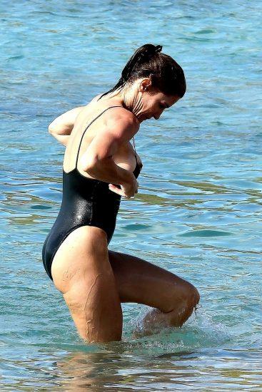 Stephanie Seymour Nude Pics & LEAKED Sex Tape Porn 78