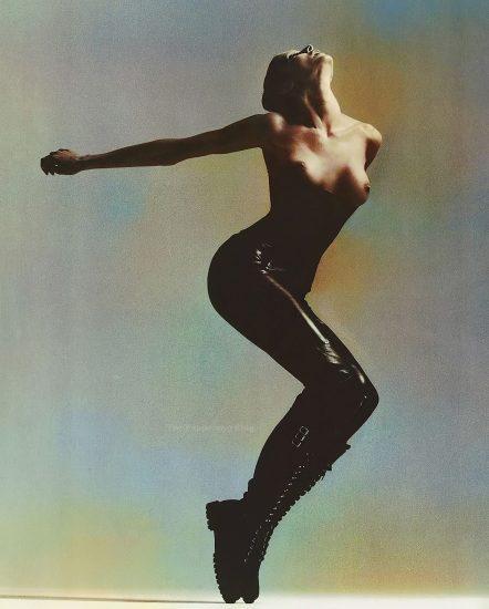 Stephanie Seymour Nude Pics & LEAKED Sex Tape Porn 26