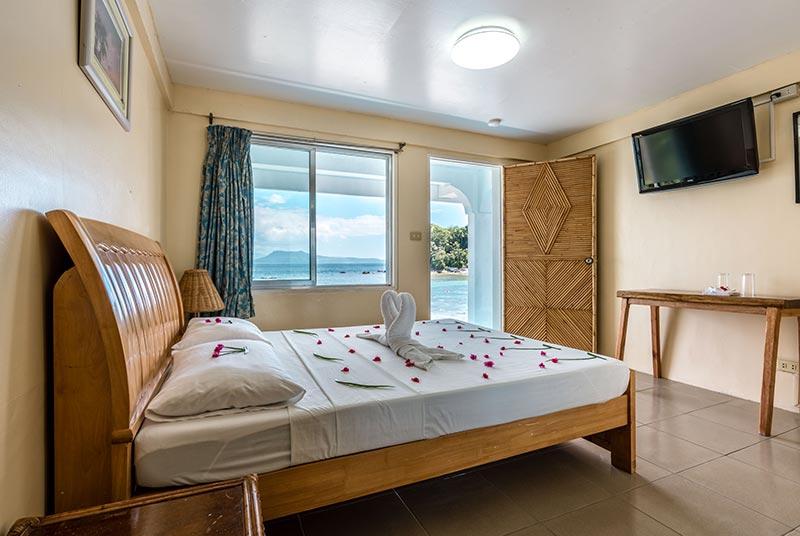 deluxe room scandi divers resort puerto galera