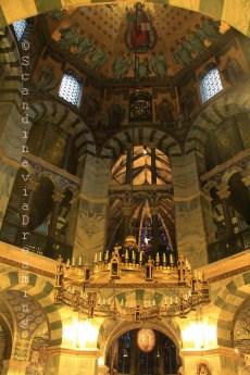 Nef de l'église d'Aix la Chapelle