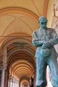 Cimetière Mirogoj statue d'homme