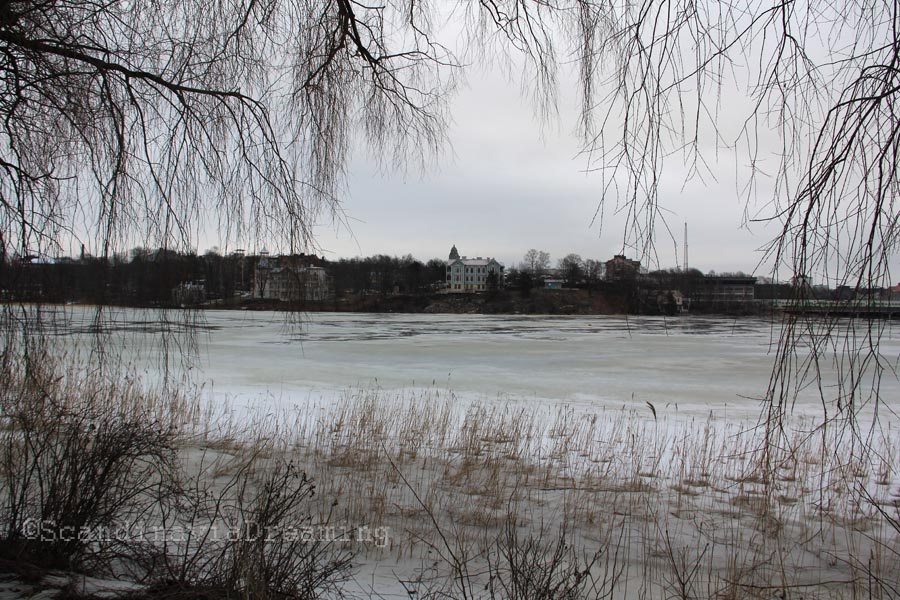 Lac de Tölöö l'hiver