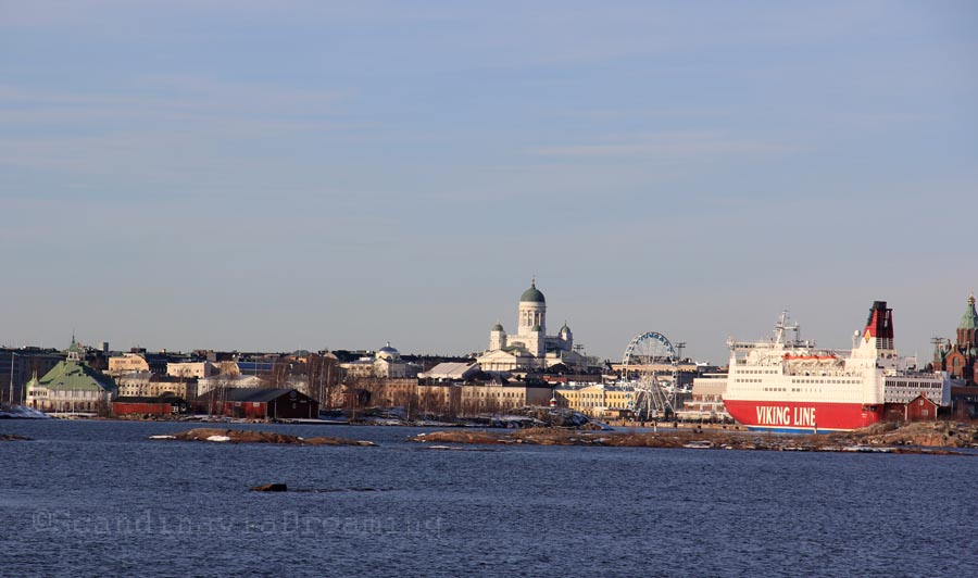 Vue d'Helsinki depuis la mer
