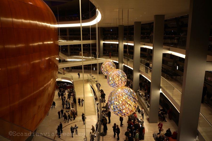 Architecture circulaire de l'opéra de Copenhague