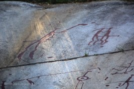gravures-rupestres-des-amants-tanumshede
