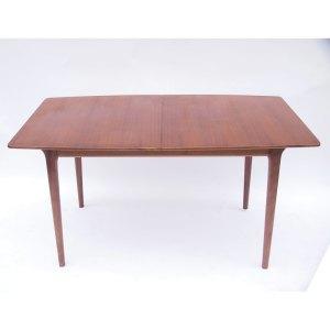 Table de salle à manger Mcintosh, une rallonge «papillon» intégrée