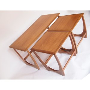 Grande table Gigogne scandinave vintage 60