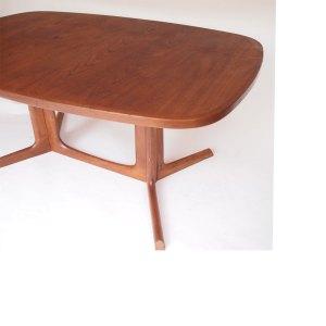 Table de salle a manger Gudme Mobelfabrik, scandinave danois 50 60