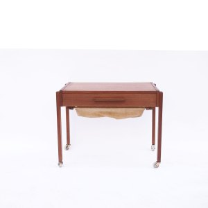Table d'appoint (à couture) scandinave danois vintage