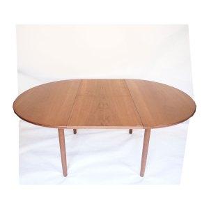 Table ronde de salle à manger scandinave vintage