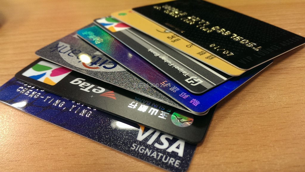 [ScanSnap技‧008] 信用卡太多….   克莉絲的3C世界