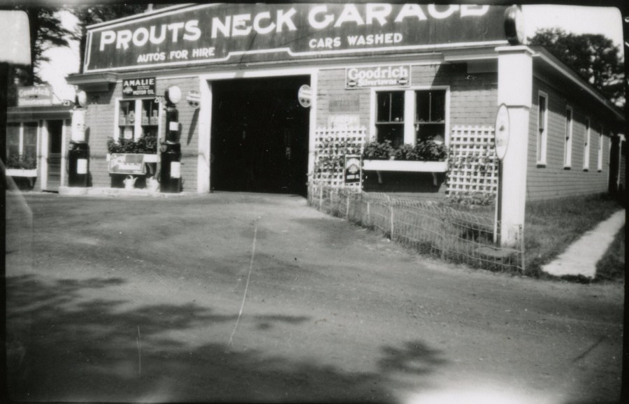 Photo of the Prouts Neck Garage