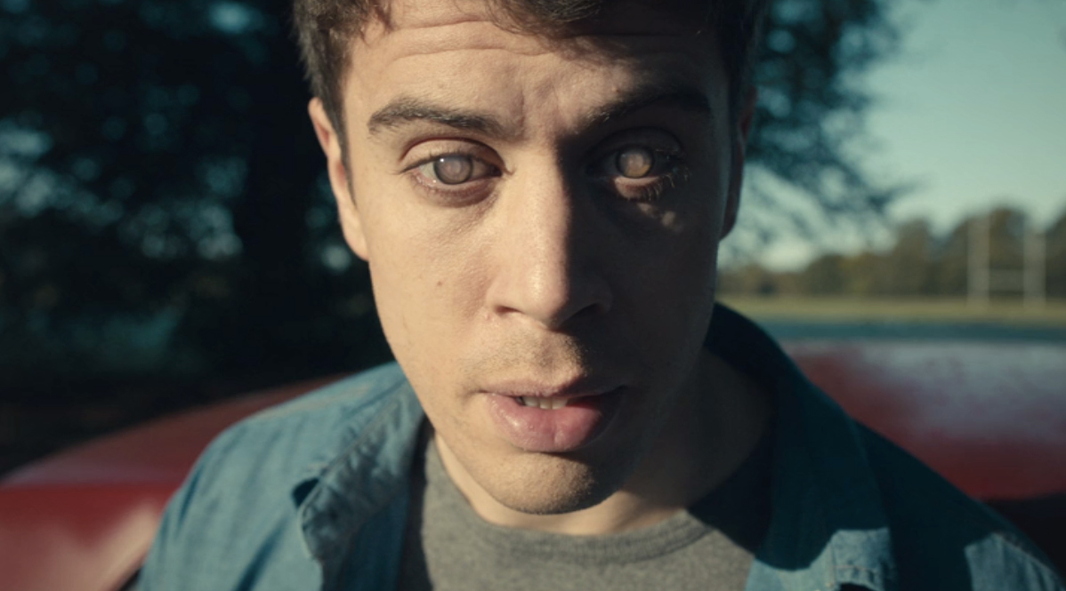 "Toby Kebbell using a ""grain"" to rewatch events from his life in ""The Entire History of You"""