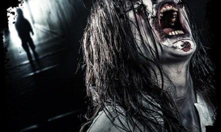 Screams past haunted house aan