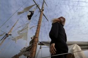 satans-triangle-1975-tv-horror-movie-mast-death
