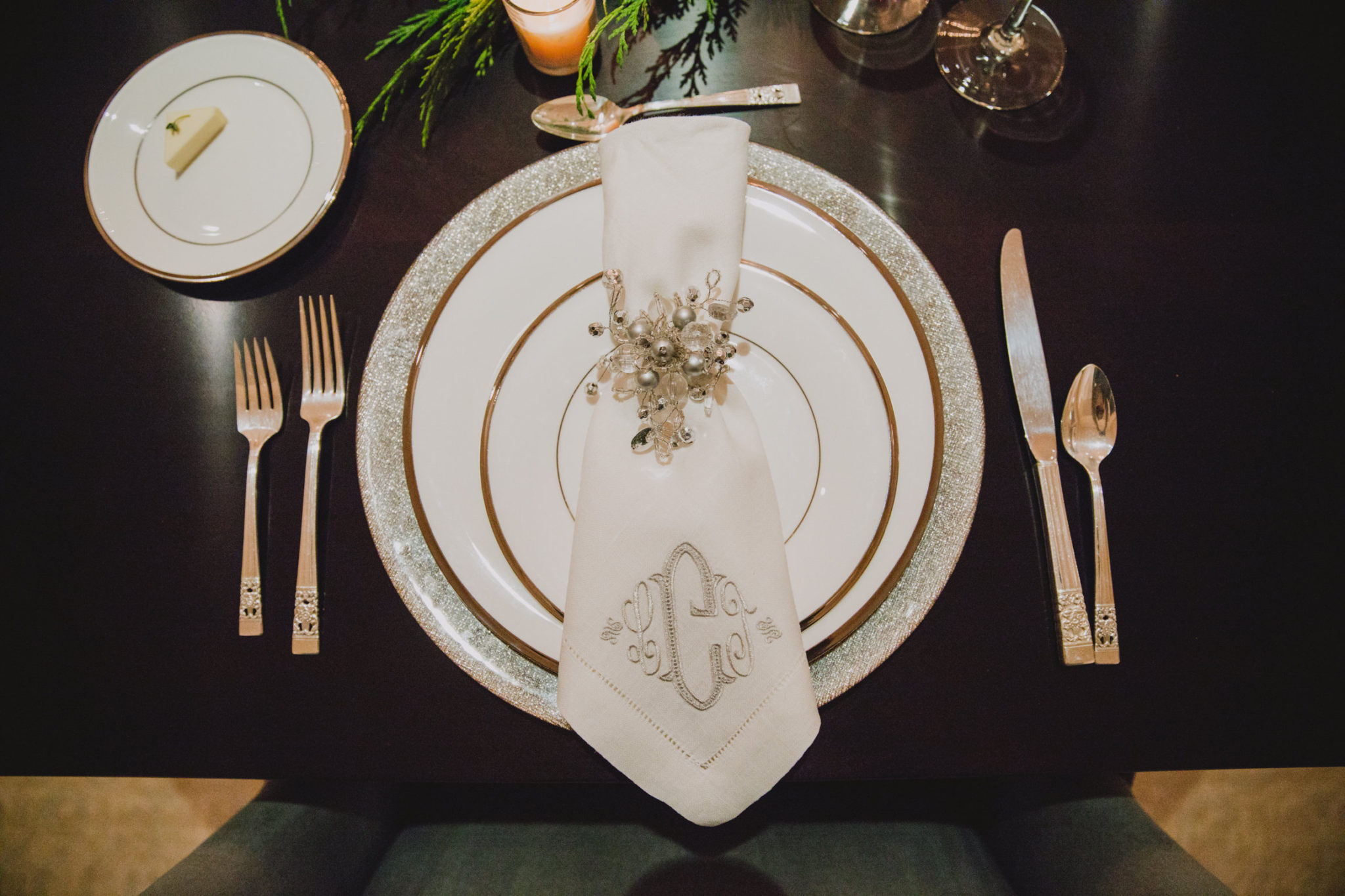 luxurious Christmas dinner place setting