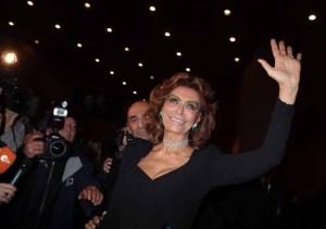 Sophia Loren E Tanti Vip Hanno Omaggiato Carlo Ponti Da