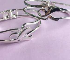 Silver Ribbon Bangle Bracelet