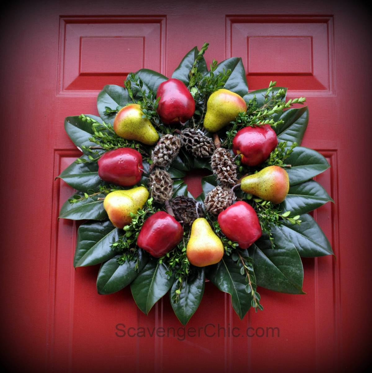 Williamsburg Christmas Decorating Ideas: Williamsburg Inspired Christmas Fruit Wreath Diy
