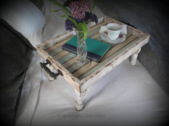 59 Incredibly Simple Rustic Décor Ideas That Can Make Your: Reclaimed Wood Bed Tray Diy